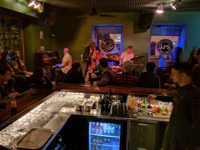Petersburgo jazz bar the hat