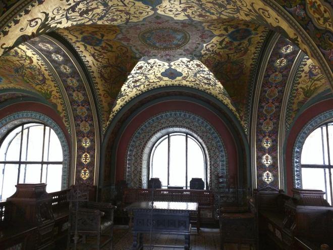 Petersburgo bairro Smolni Stieglitz sala medieval Terem 2