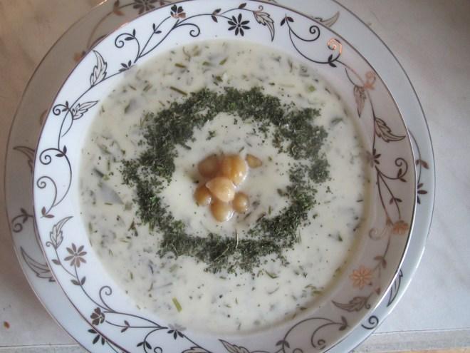 pratos típicos azerbaijão dovga