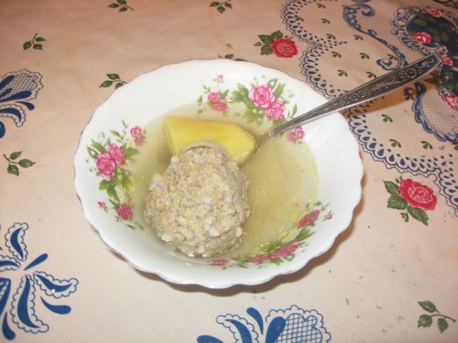 pratos típicos azerbaijão Kufta Bozbash
