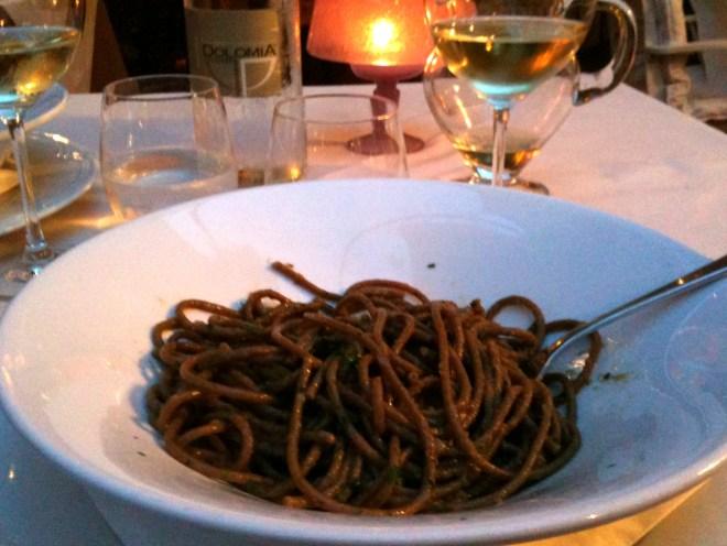 pratos tipicos provar veneto veneza bigoli salsa