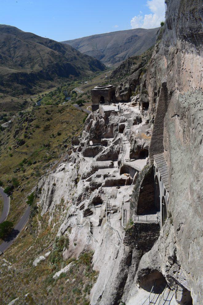 Vardzia monastério caverna vale 3