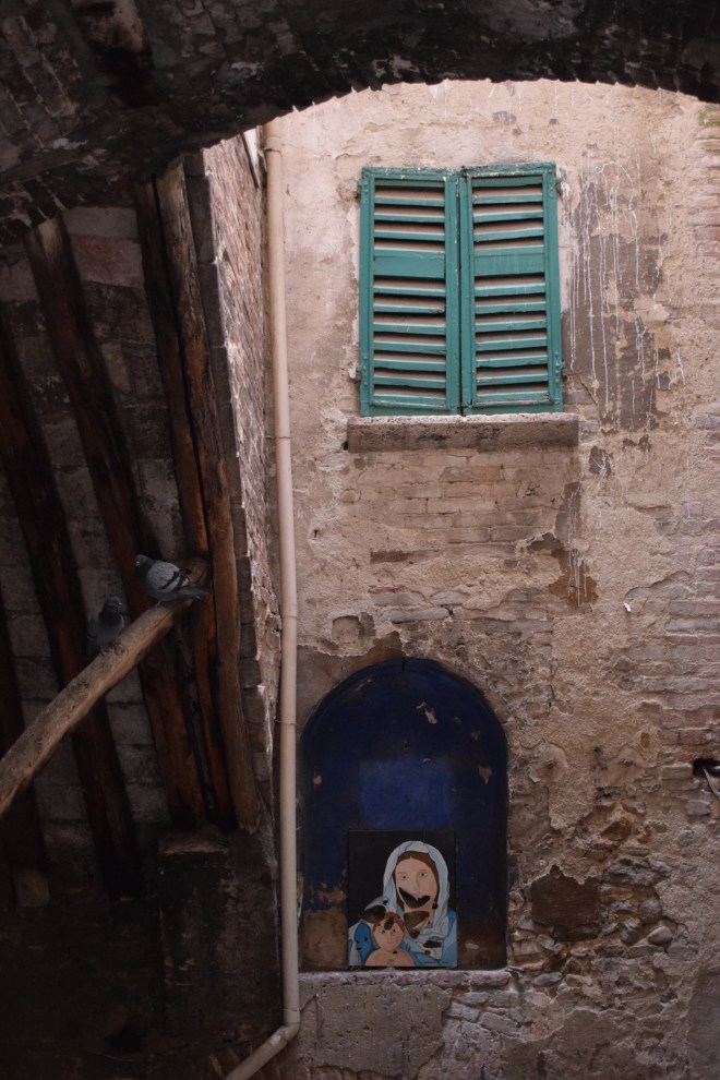 Perugia arte moderna rua 2