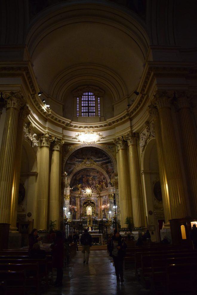 Bologna estrada porticos igreja san luca interior
