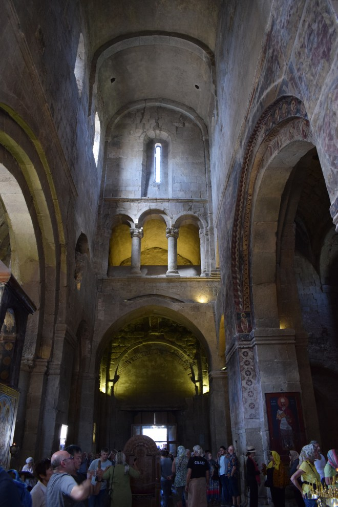 Georgia Mtskheta catedral Svetitskhoveli interior