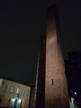 Pavia torres medievais 2