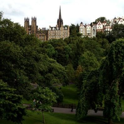 edimburgo-princes-street-garden