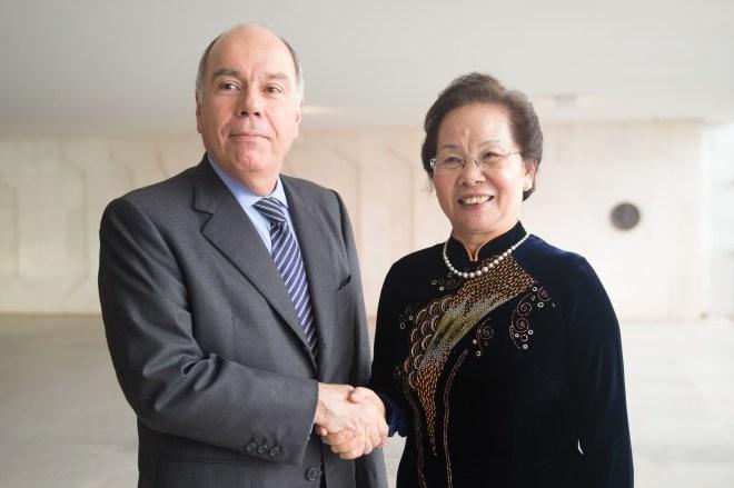 越南國家副主席阮氏緣(右一)與巴西外長Mauro Vieira。(Photo Credit: Ministério das Relações Exteriores @Flickr CC BY 2.0)