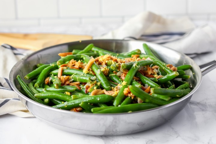 Green Beans with Toasted Almonds and Lemon  in pan