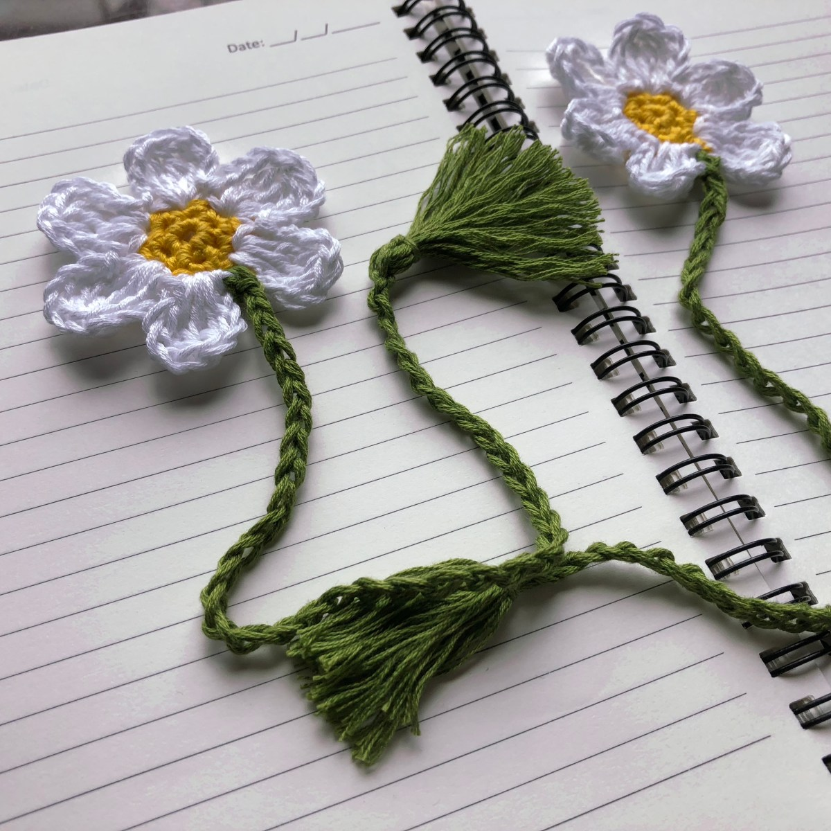 Blooming Bookmark - Free Pattern