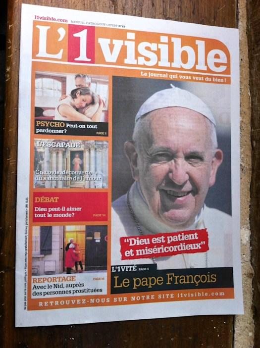 Portada de revista católica obtenida en Loué.