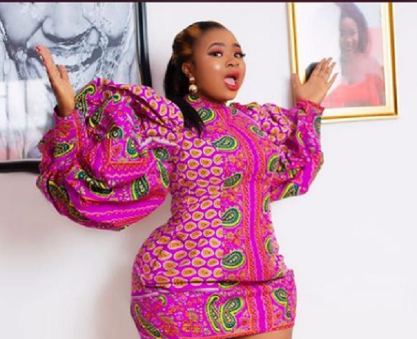 'Fake life' – Adu Safowah mocked over staged birthday gifts