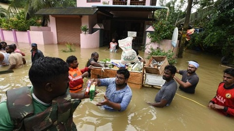 Relief supplies were taken to stranded residents in Chengannur