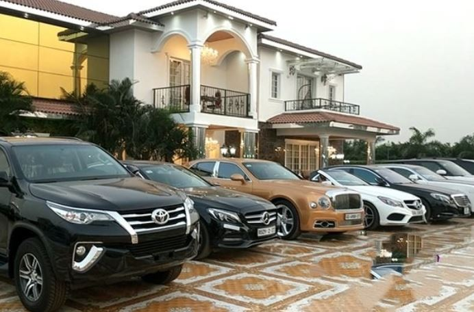 Some of the cars belonging to Menzgold CEO, Nana Appiah Mensah