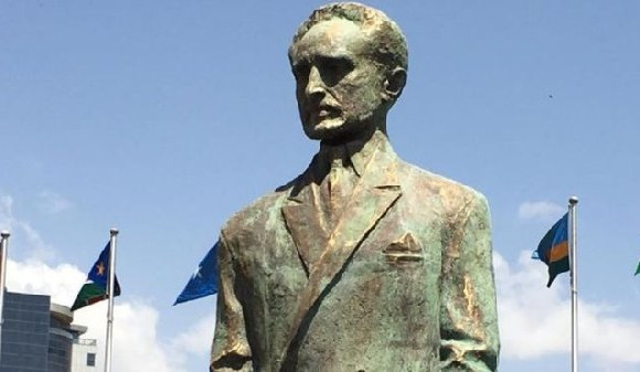 The statue was unveiled at the opening of the annual Africa Union Summit
