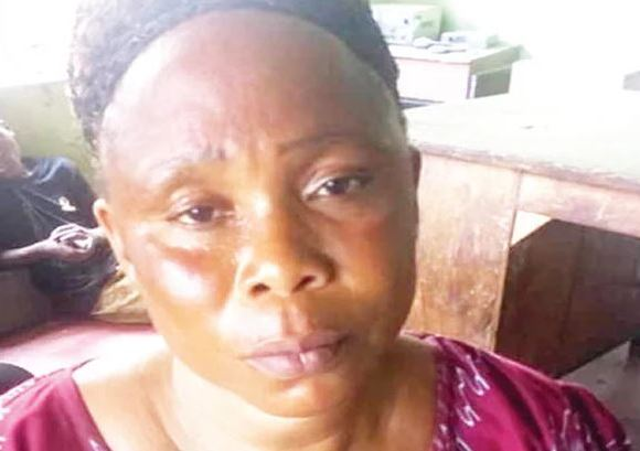 Woman caught with lovers corpse