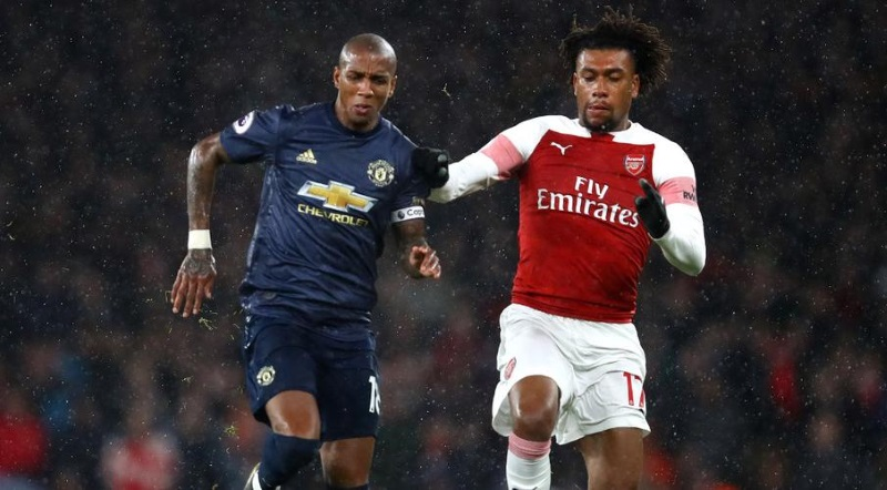 Ashley-Young-vs-Iwobi
