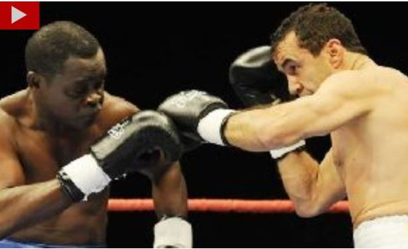 Azumah handed Jeff Fenech a round 8 knockout