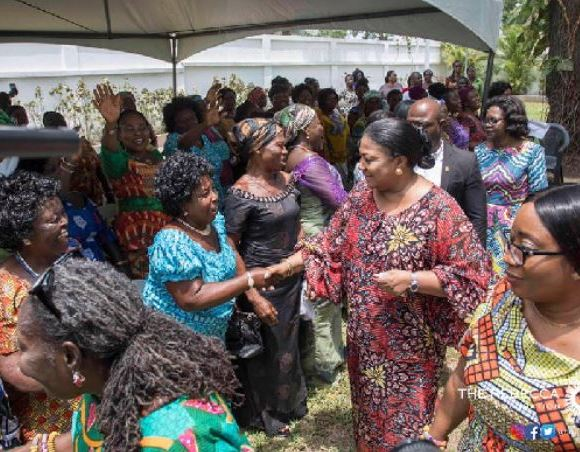 Rebecca Akufo-Addo interacting with market women
