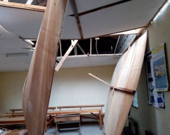 The roof of a school in Okorase community destroyed by the rain