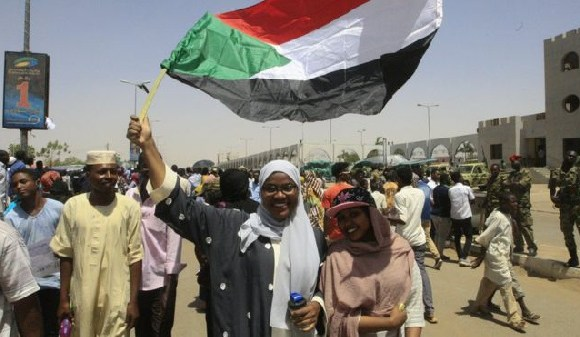 Demonstrators in Khartoum have vowed to continue their sit-in until civilian government is in place