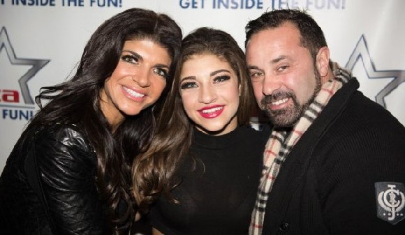 Gia Giudice (centre) launched the petition to halt the deportation of her Italian father (right)