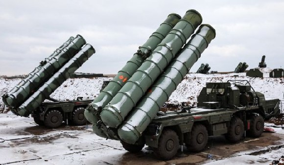 Russia says S-400 missile system can shoot down up to 80 targets simultaneously