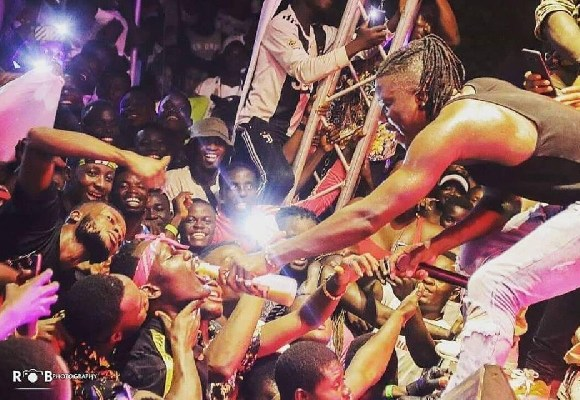 Stonebwoy at the concert