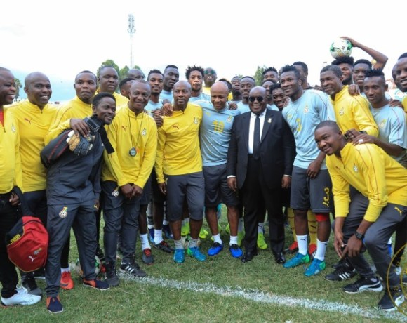 Akufo-Addo-visits-Black-Stars-players-group