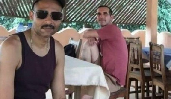 Frenchmen Laurent Lassimouillas (L) and Patrick Picque were among four captives freed