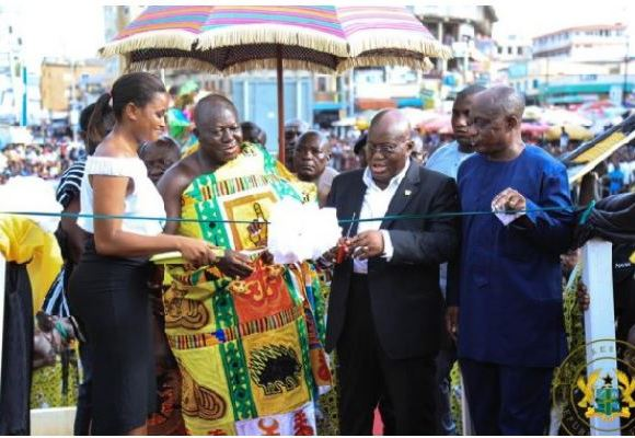 Otumfuo Osei Tutu II and President Akufo-Addo cutting the sod