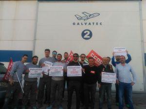 Trabajadores de Galvatec durante los paros