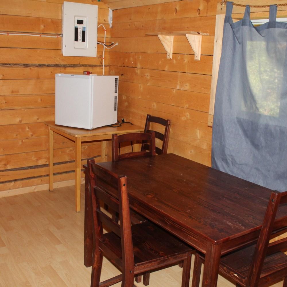 Large cabin interior 7