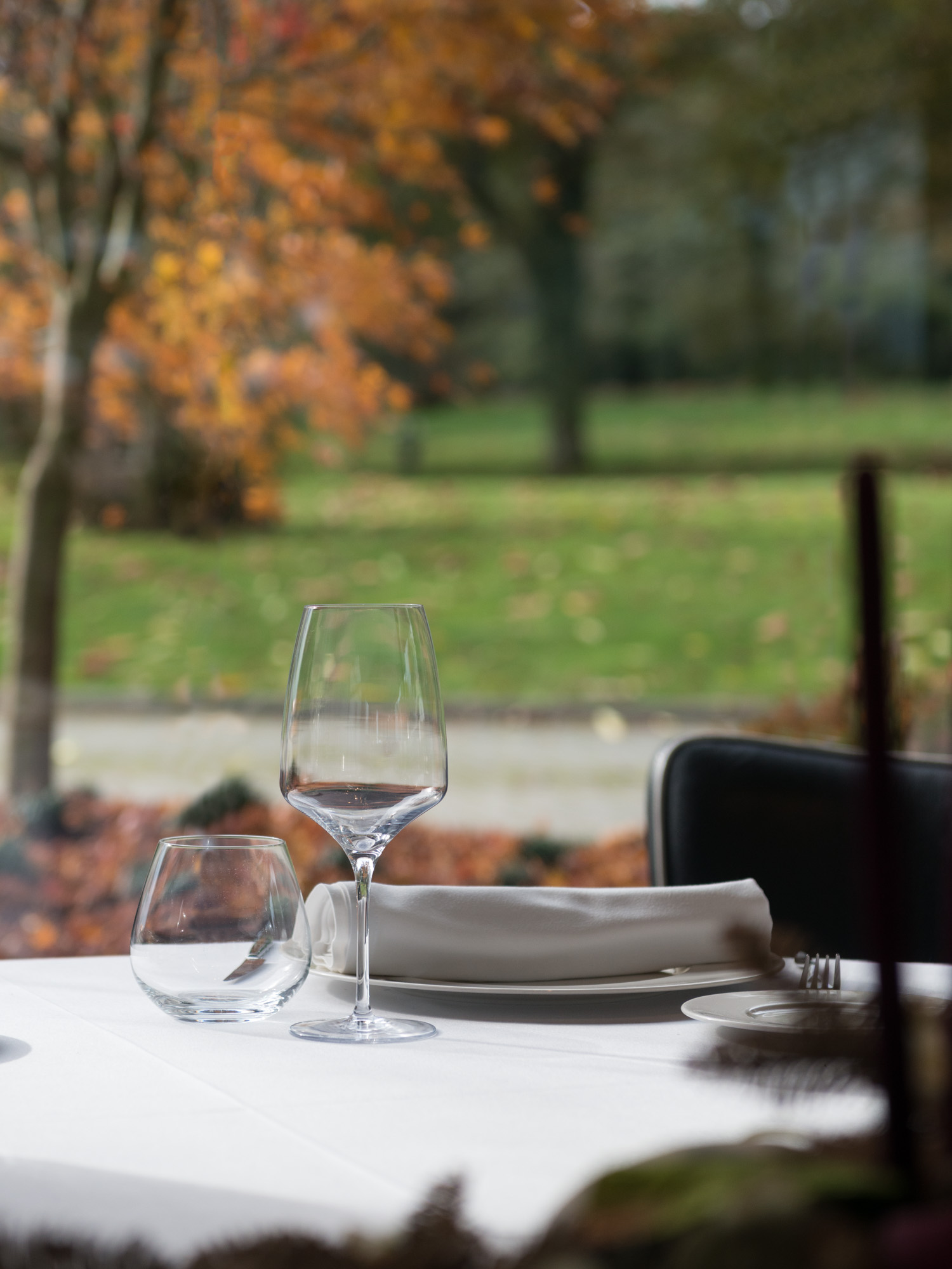 Fotografía de hostelería. Mesa do restaurante Mar de Esteiro, Santiago de Compostela