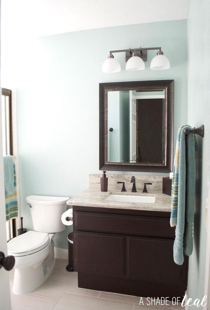 Quick Amp Easy Rustic Bathroom Refresh