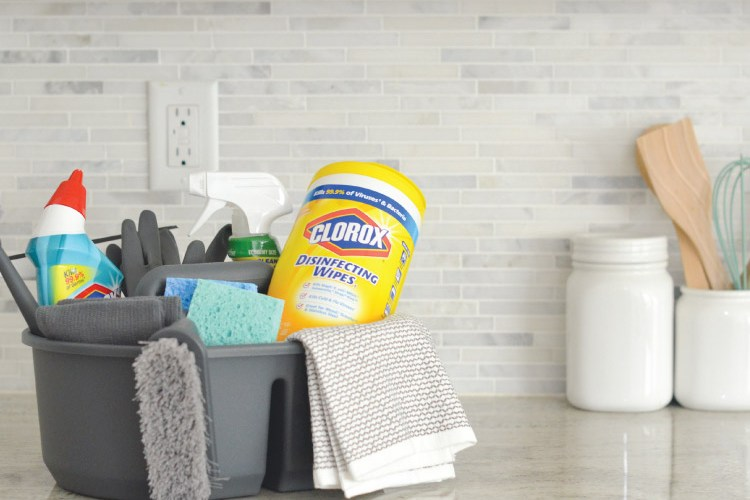 Make Spring Cleaning Easy with a DIY Cleaning Tote Basket