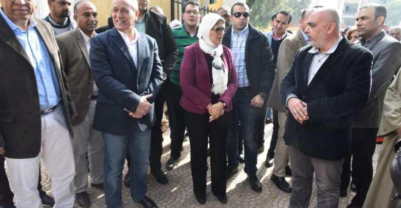 وزيرة الصحة تتابع التجهيزات الجارية بوحدة طب أسرة الدبابية فى الأقصر