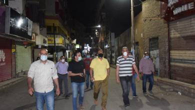 السكرتير العام ورئيس الشركة القابضة يقودان حملة نظافة وتعقيم لشوارع الاقصر والكرنك