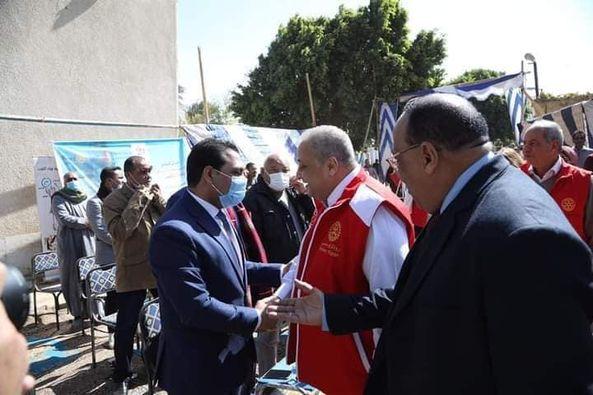نائب محافظ قنا يشهد إفتتاح وحدة ترشيح طبيعى لمياه الشرب لأهالي مركز قوص