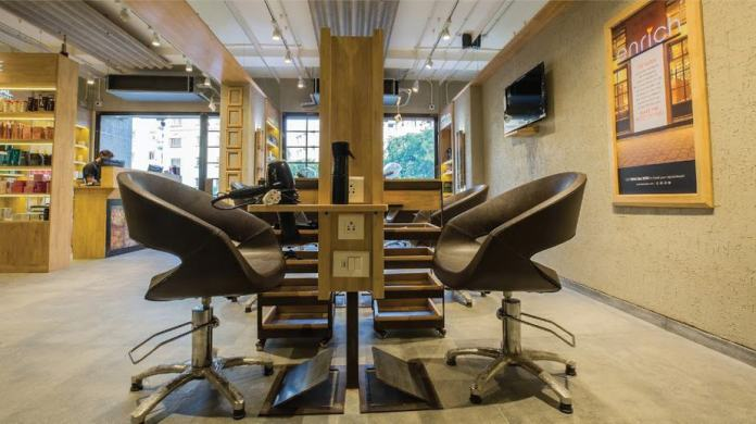 beauty salon ahmedabad