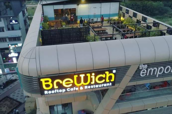 Brewich Rooftop Cafe and Restaurant