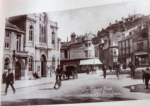 New Rd Cross, Brixham - History