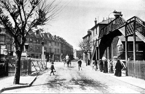 level crossing Paignton History
