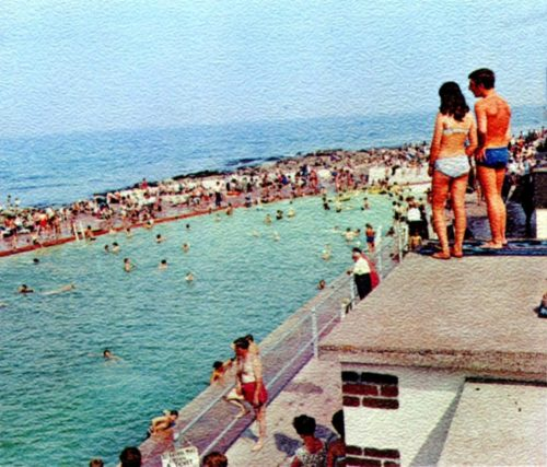 Shoalstone Pool in the 1970s 500x427 - Shoalstone Beach & Pool in 360º