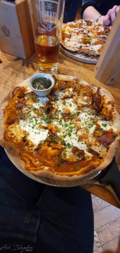 Roast lamb & mint sauce pizza Stable Exeter (2)