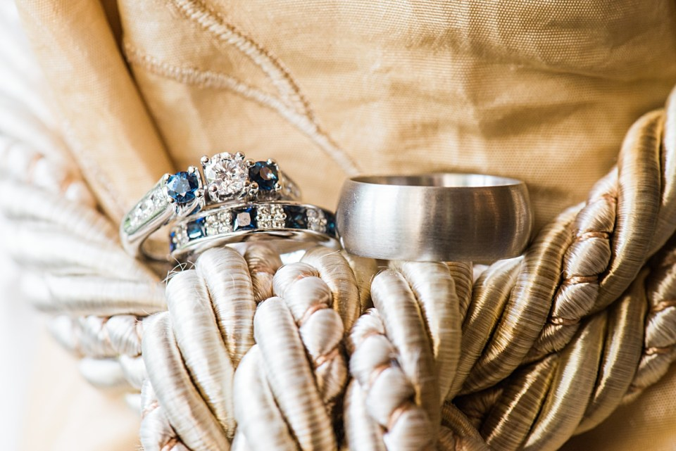 wedding rings tying the knot
