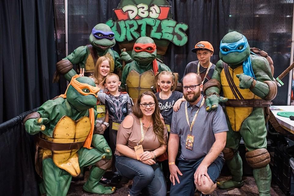 comic con palm springs, ninja turtles cosplay