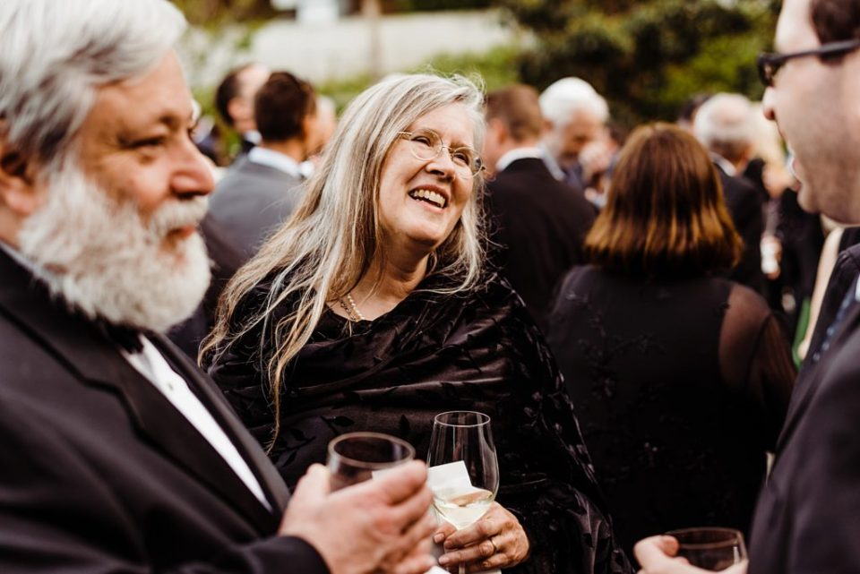 skirball wedding cocktail hour photos