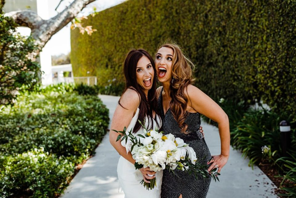 bride with best friends jessica lall