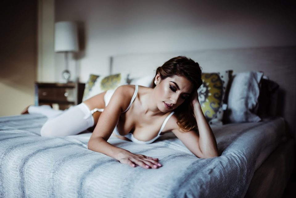bridal boudoir session at home